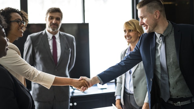 Co podarować klientowi?